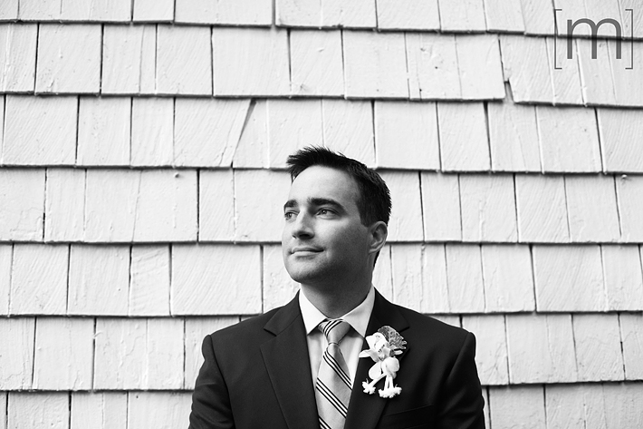 a portrait of the groom at erchless estate in oakville
