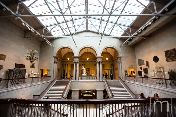 a travel photo of the art institute archways in chicago