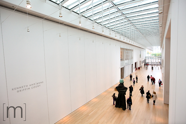 a travel photo of the art institute hallway in chicago