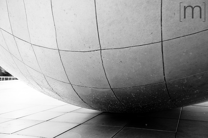 a travel photo of the bean closeup in chicago
