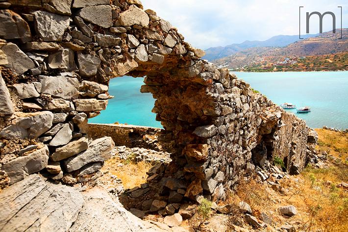 a travel photo of island ruins in crete greece