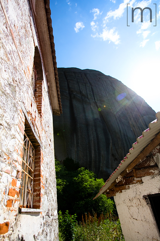 a travel photo of a mountain in meteora greece