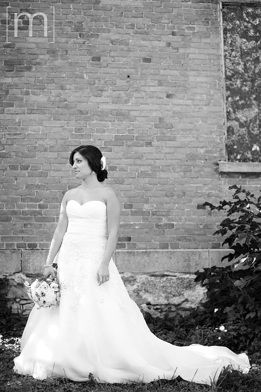 a photo of a bride at a wedding in niagara on the lake
