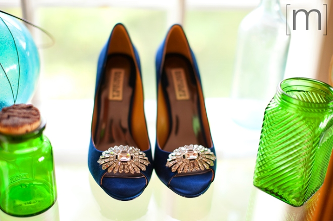 photo of a bride's navy shoes at a wedding at buffalo canoe club fort erie